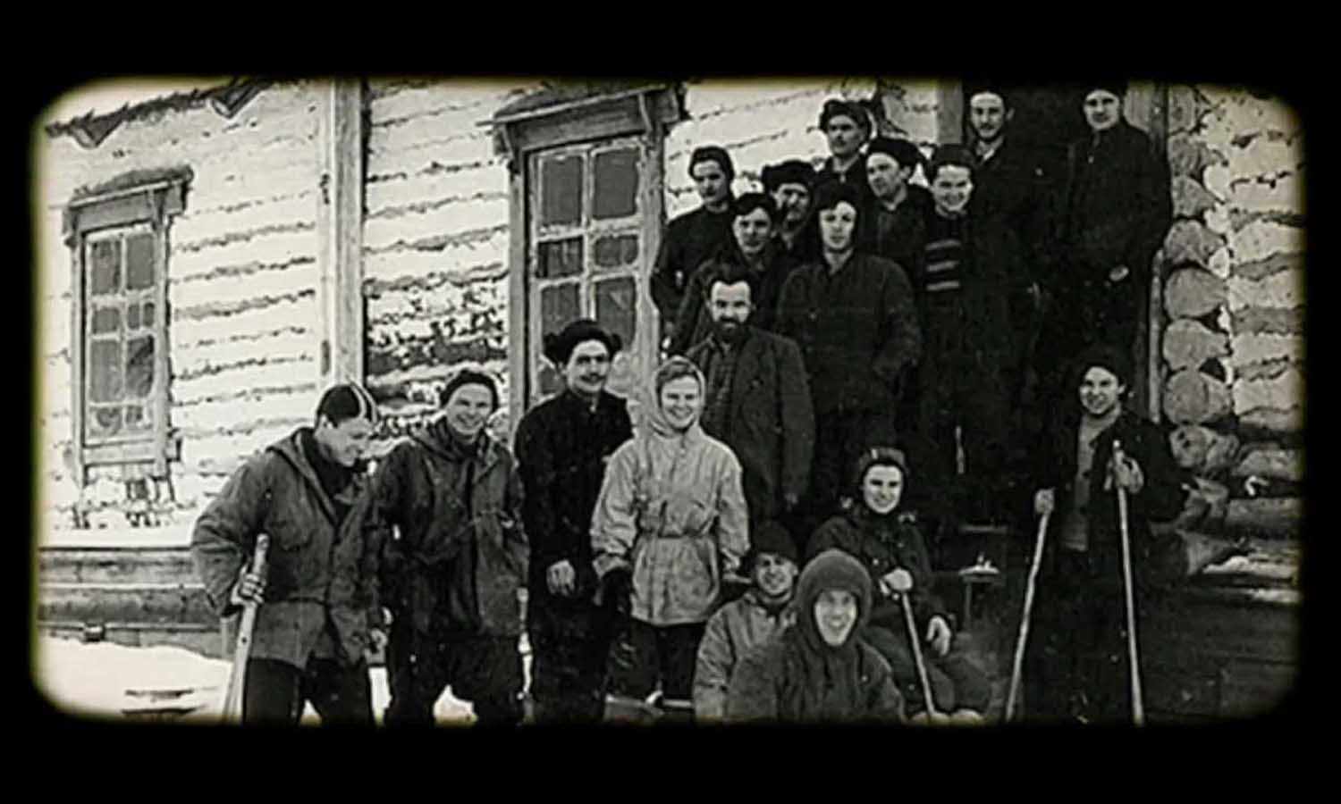 Dyatlov Pass Incident 1959 group shot1